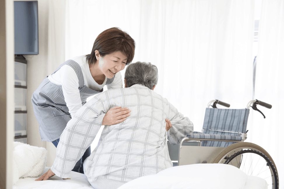 Causes of Falls Among the Elderly | Qualicare Toronto South