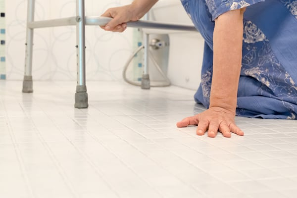 Ways to Prevent Falls in Older Adults | Qualicare Big Sky