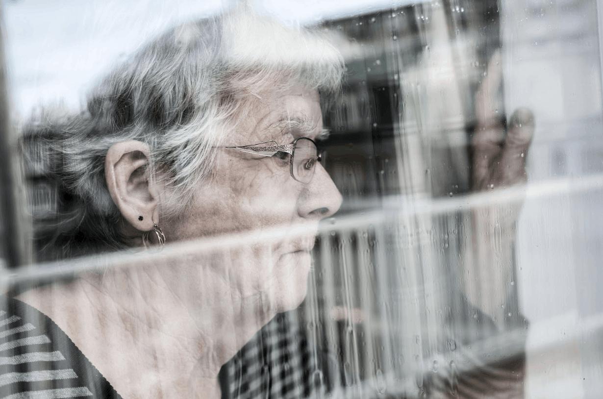 Do You the Signs & Symptoms of Dementia?   Qualicare Calgary